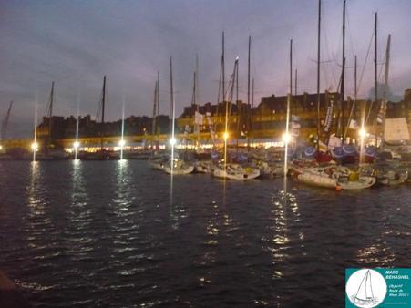 La nuit s'est installée sur le bassin Vauban en ce Mercredi 27 Octobre 2010, marqué par une hausse du nombre des visiteurs.