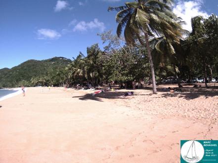 Encore deux jours en Guadeloupe pour Marc qui profite des plages paradisiaques et de la chaleur antillaise avant de retrouver la rudesse de l'hiver en métropole.